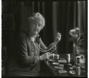 Louise in later years (©National Portrait Gallery)